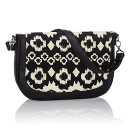 Studio Thirty-One Classic - Black Beauty Pebble w/ Stitched Medallion