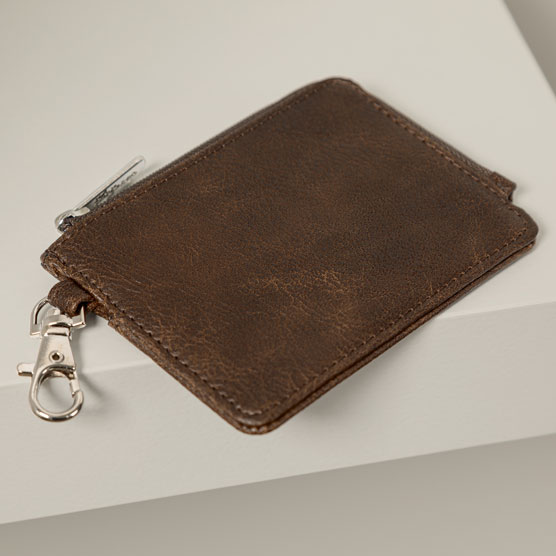 Light Traveler Card Wallet - Chestnut Distressed Pebble