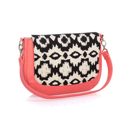 Studio Thirty-one Classic - Calypso Coral Pebble w/ Ikat Bazaar