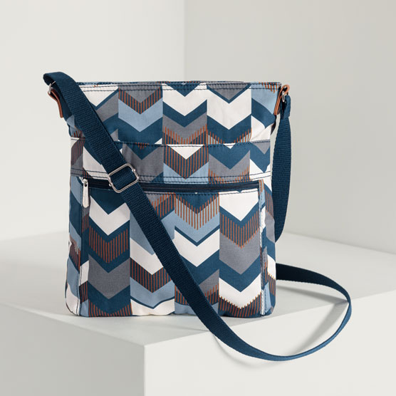 Organizing Shoulder Bag - Shades of Chevron