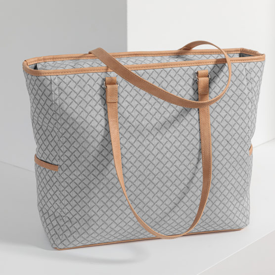 Cindy Tote - Diamond Link Weave