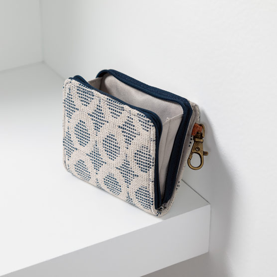 Clip N' Zip Wallet - Full Circle Weave