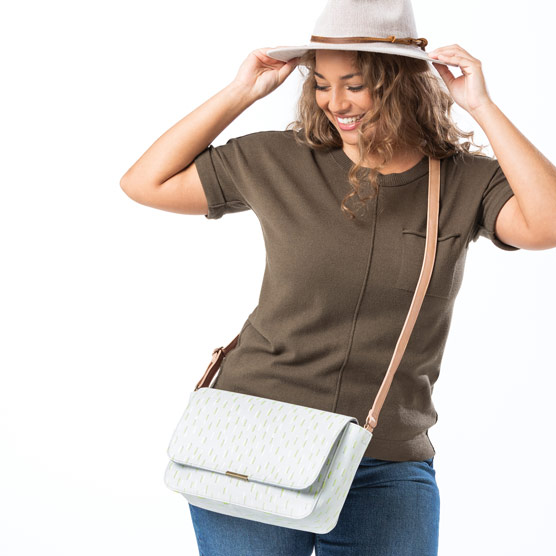 Day By Day Crossbody - Dancing Dash Pebble