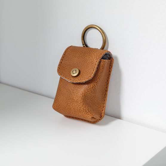 Snap To It Pouch - Caramel Distressed Pebble